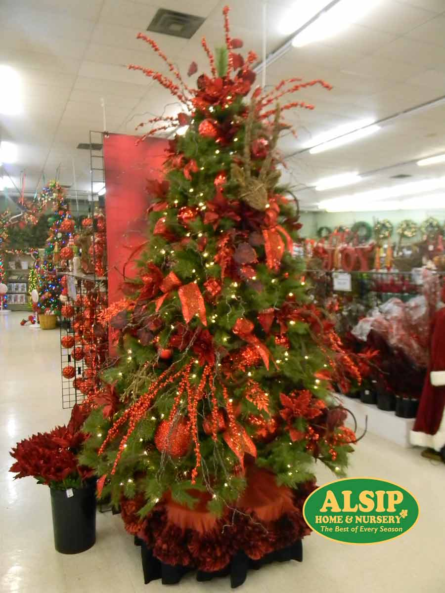 julie - Best Decorated Christmas Trees 2014