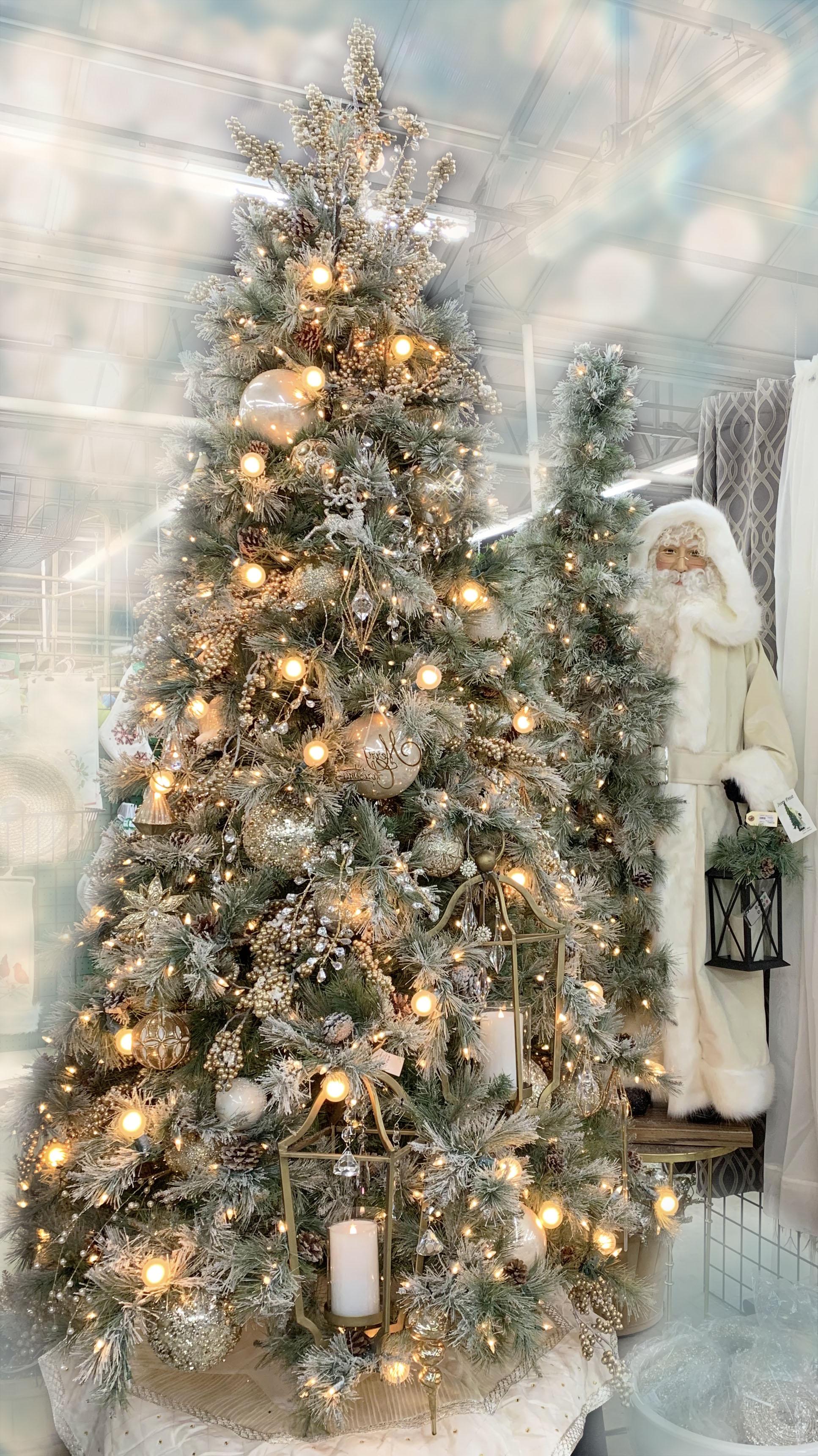 Peace on Earth Designer Christmas Tree   Alsip Home & Nursery