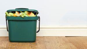 composting-for-beginners-indoor-compost-bin