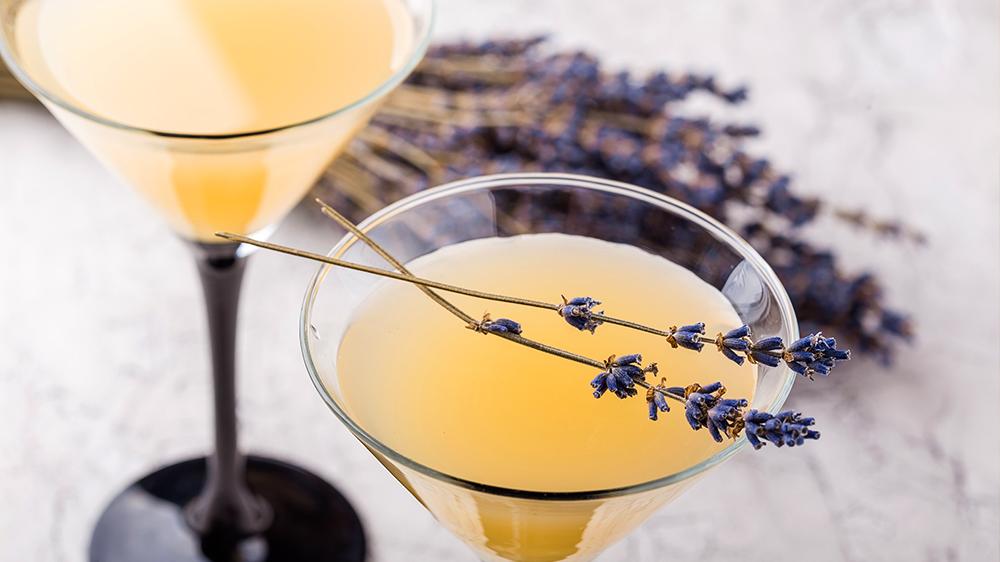 herbs-for-summer-cocktails-lavender