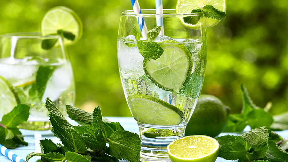 herbs-for-summer-cocktails-mint-mojito
