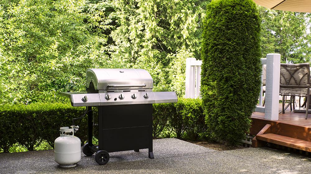 alsip-nursery-backyard-cookout-bbq-guide-propane-grill