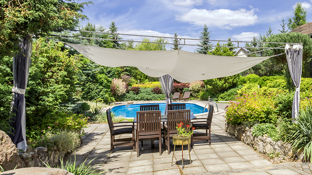 alsip-nursery-feature-areas-fire-pits-patio-pool