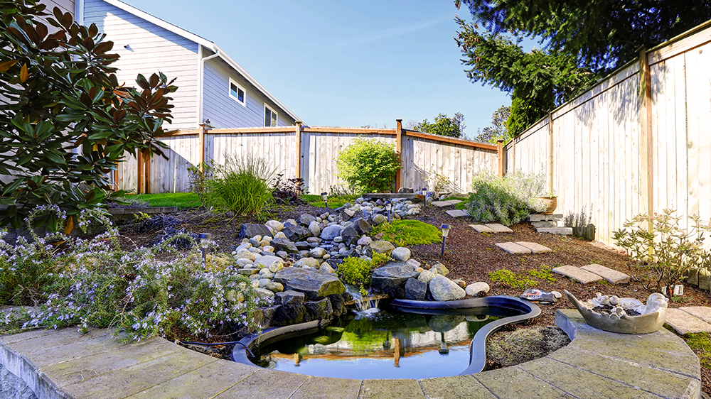 alsip-nursery-feature-areas-fire-pits-pond