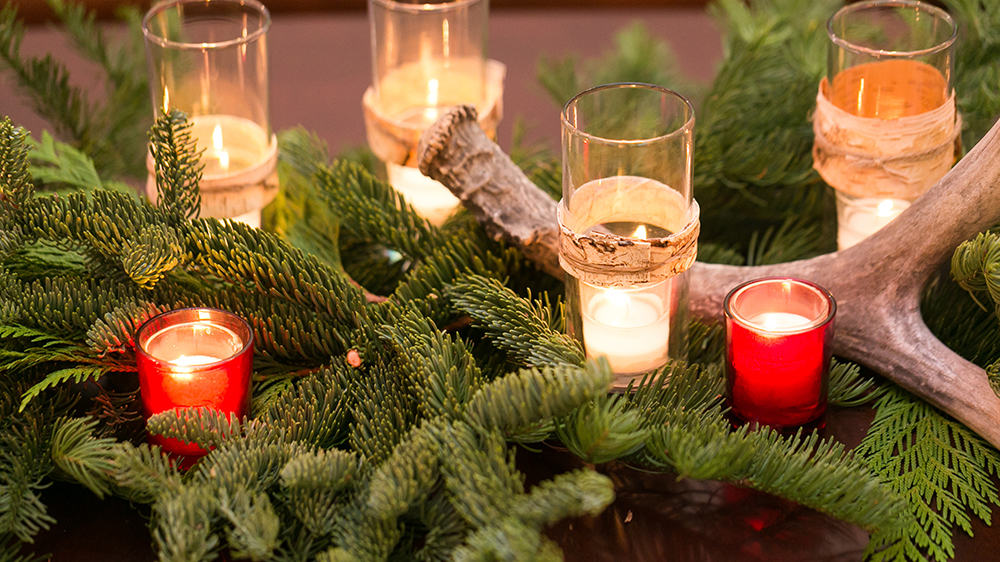 Alsip Nurseries evergreen wood and candle centerpiece for christmas