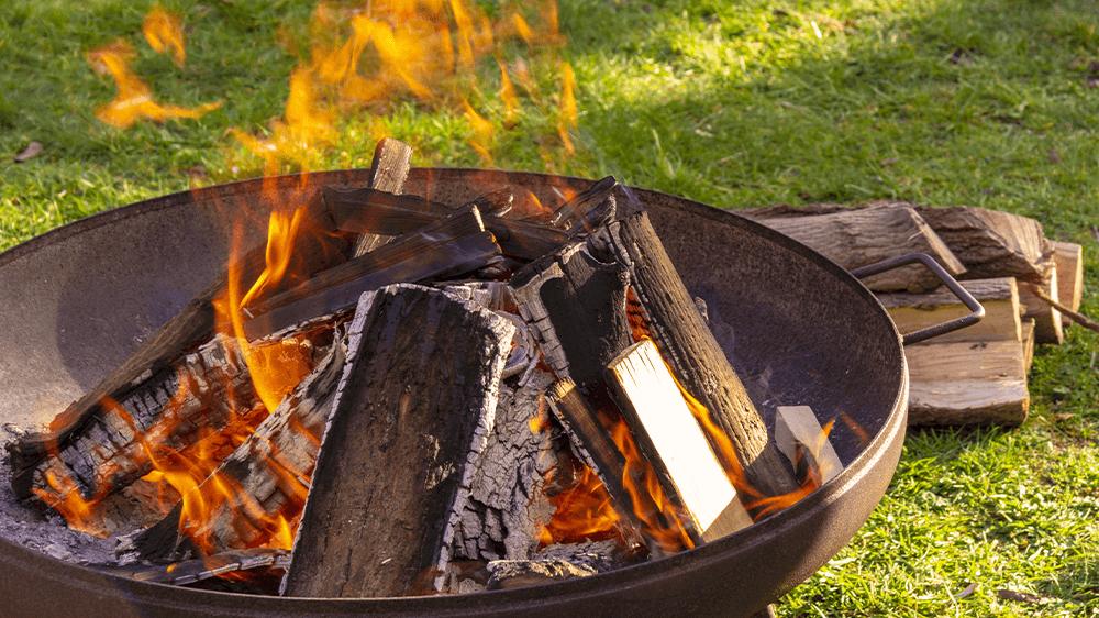 Bonfire wood tee pee